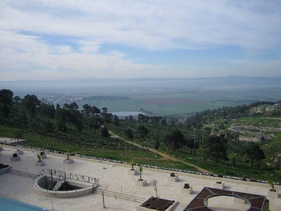 Golden Crown Nazareth Hotel : View of valley