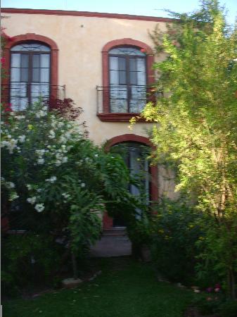 Villa Ganz: Quiet garden and rooms