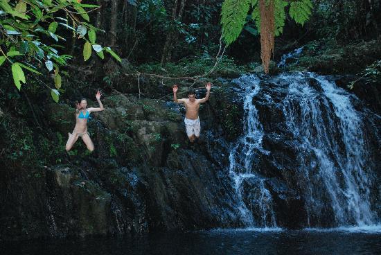 Bocawina Rainforest Resort & Adventures: Swimming at Antelope Falls