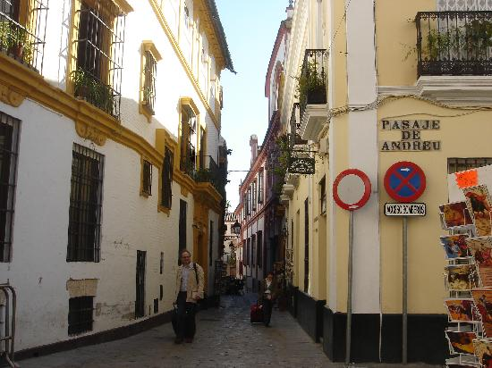 Best Restaurants In Barrio Santa Cruz Seville