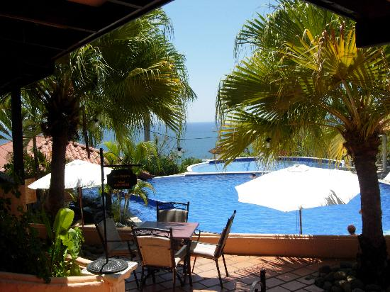 Parador Resort and Spa: My pool or yours?