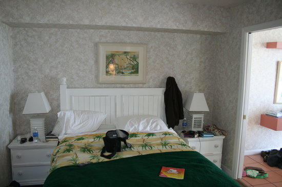 Plantation Island: View of the second bedroom