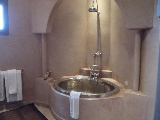 Riad Noir d'Ivoire: Bathroom