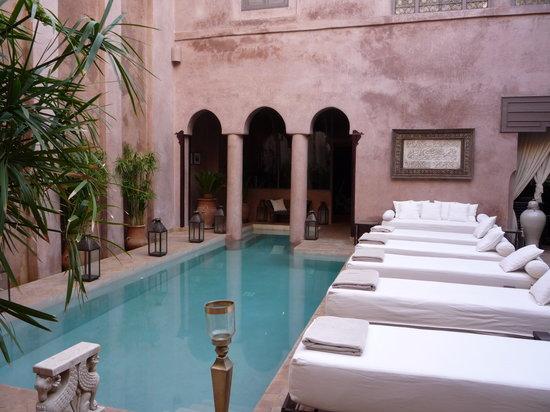 Riad Noir d'Ivoire: Pool view