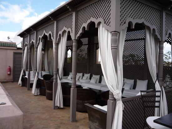黑象牙庭院旅館照片