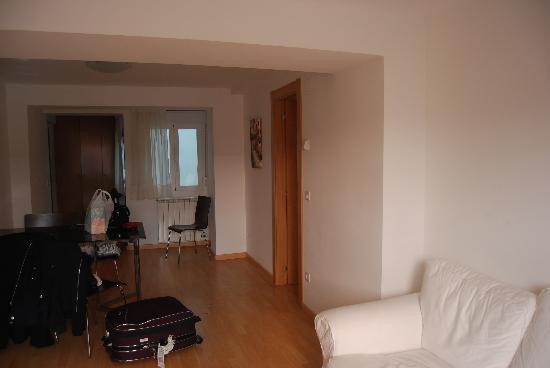 Apartamentos Auhabitat Zaragoza: view of apartment