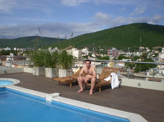 Ayres de Salta Hotel: Auf der Dachterasse am Pool