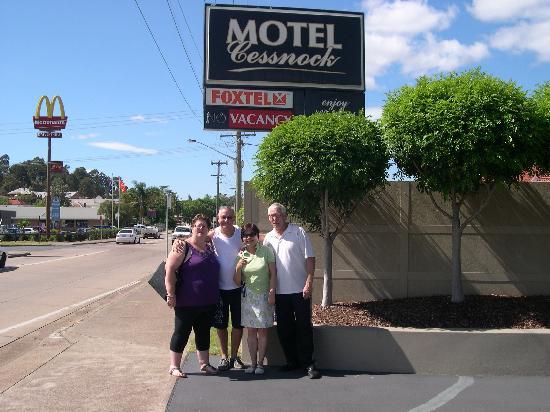 Cessnock Motel: nos hôtes et nous