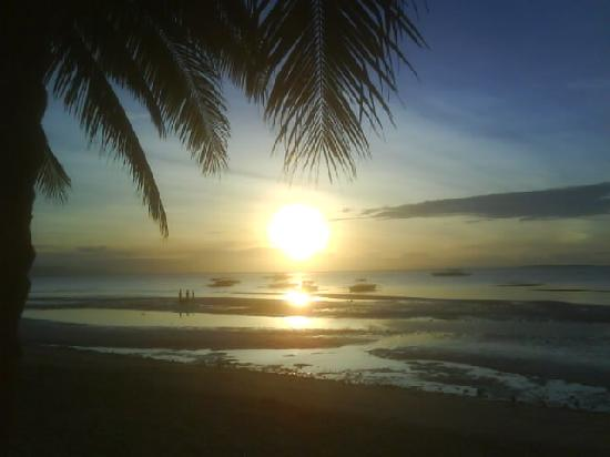 Dumaluan Beach Resort 2: bohol sunrise