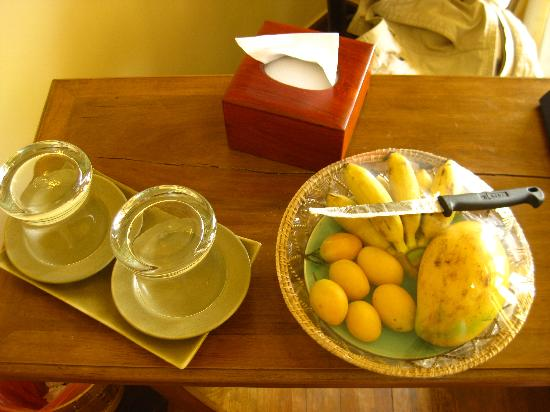 Pavillon d'Orient Boutique-Hotel: Tägliches frisches Obst auf dem Zimmer (for free)