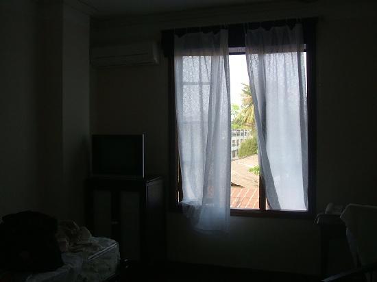 Hotel Khamvongsa: シングルルーム写真1