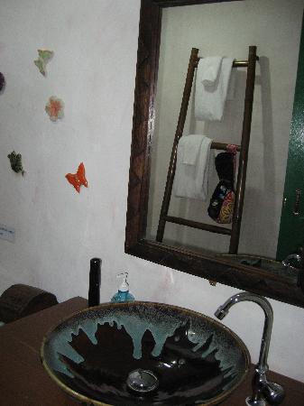Sabaidee Chiang Mai Hotel: Badezimmer