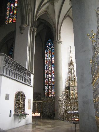 Dom St. Maria: Inside the cathedral