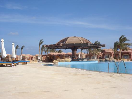 SENTIDO Oriental Dream Resort: Pool Bar