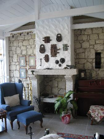 Sedirli Ev: Part of the living room area