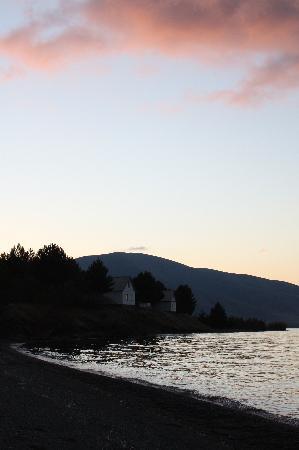 Before the sunrise on the lake Sevan (near Shorzha), Oct 2008