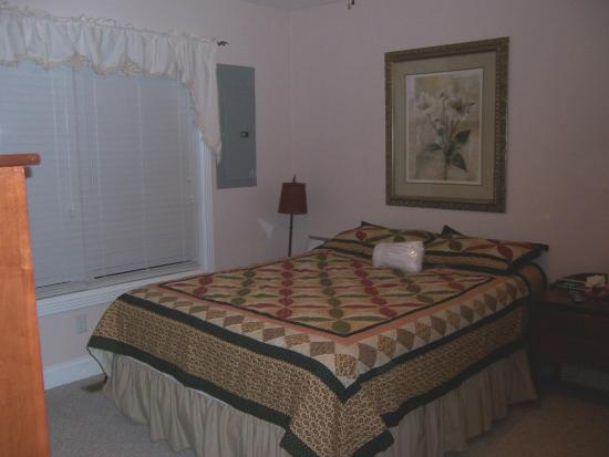 Lake Cumberland Resort: The bedroom