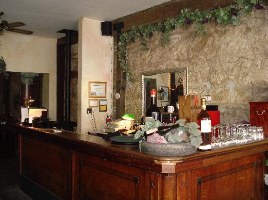 Crusco's Ristorante: Full Bar