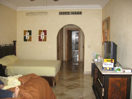 Villa La Estancia Beach Resort & Spa Riviera Nayarit: deluxe room (no kitchen); 2 queen beds