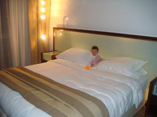 Villa Rotana - Dubai: room