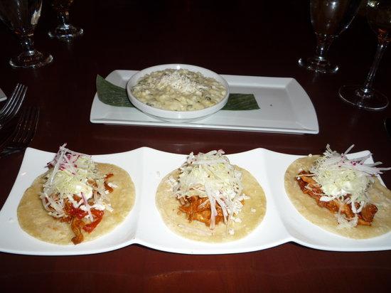 El Vez Restaurant: Chicken Chipotle Tacos