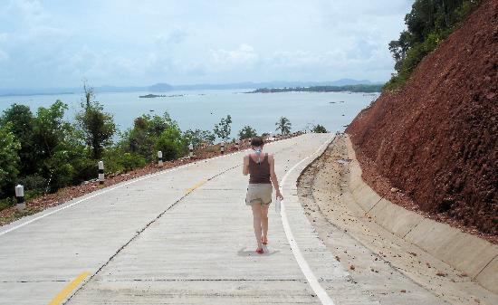 Yataa Island Resort: view from the island tour