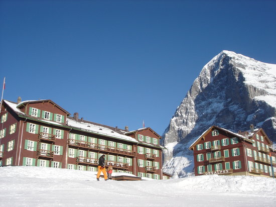 Kleine Scheidegg, Suiza: Hotel and the Eiger