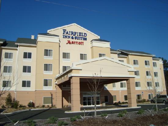 Fairfield Inn & Suites Lake City: Hotel