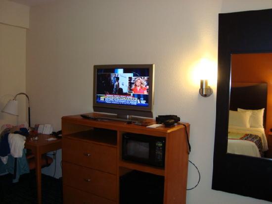 Fairfield Inn & Suites Lake City: Room 2