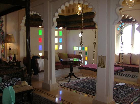 Taj Lake Palace Udaipur: The brass swing!