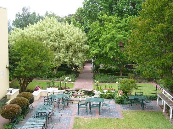 Zomerlust Guesthouse : lovely garden