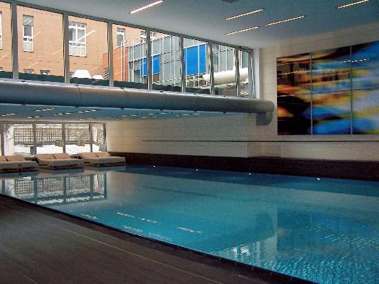 Indoor pool picture of pullman berlin schweizerhof - Indoor swimming pool berlin ...