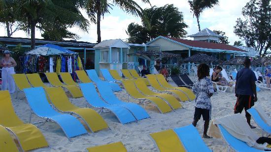 Antigua : Runaway Beach