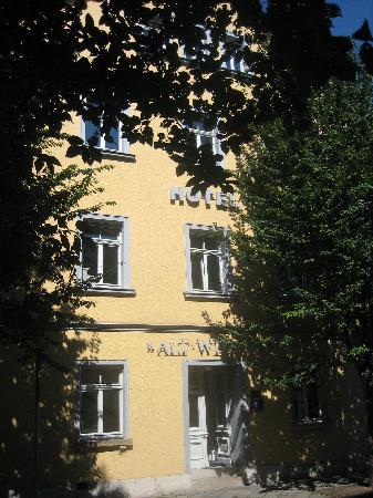 Alt Weimar Hotel : Exterior