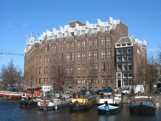 vue de l 39 ext rieur picture of grand hotel amrath amsterdam amsterdam tripadvisor. Black Bedroom Furniture Sets. Home Design Ideas