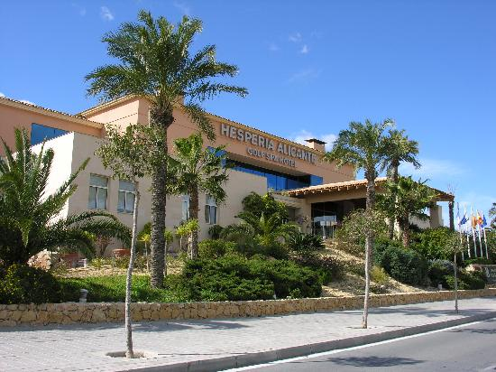 Hotel hesperia alicante golf picture of hotel alicante for Hotel diseno alicante