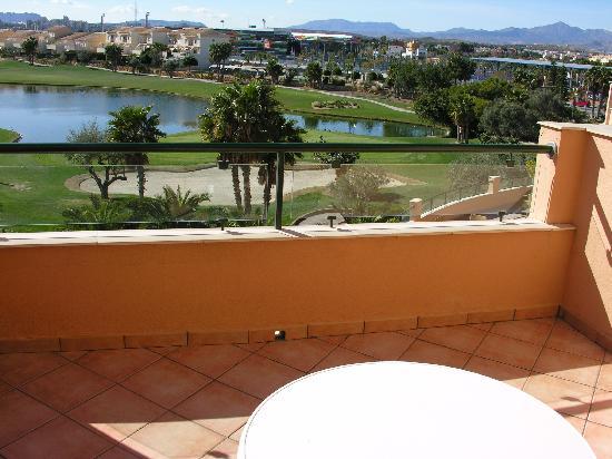 Hotel Alicante Golf: Blick von der Zimmerterrasse