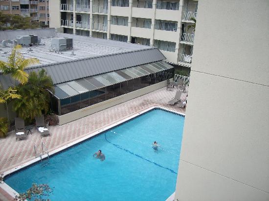Lauderdale By The Sea Resort: Pool