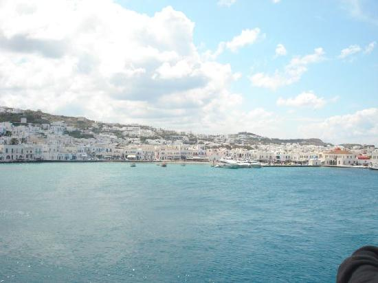 Vencia Hotel: Leaving Mykonos for Rafina