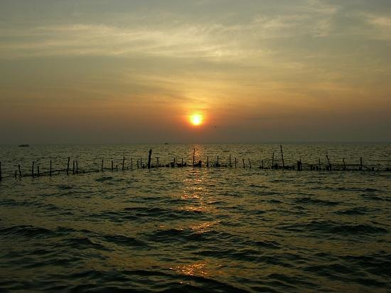 Cochin, Inde : sunset-in-kumarakom