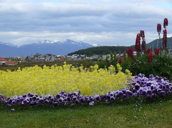 Tierra de Leyendas Boutique Hotel: Vista Ushuaia