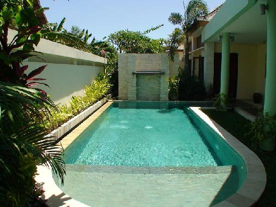 The Residence Seminyak: What a pool!