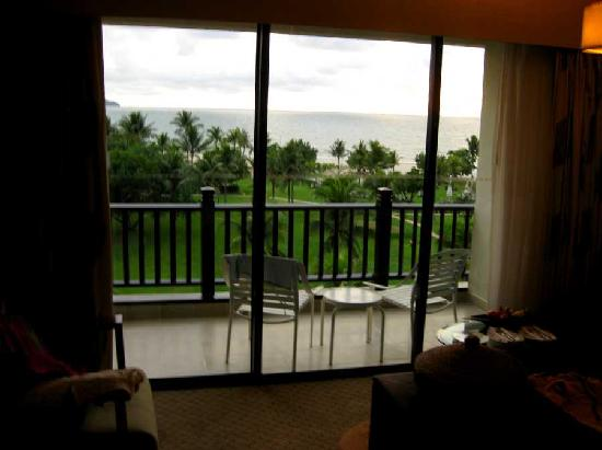 Shangri-La's Rasa Ria Resort & Spa: Balcony on room