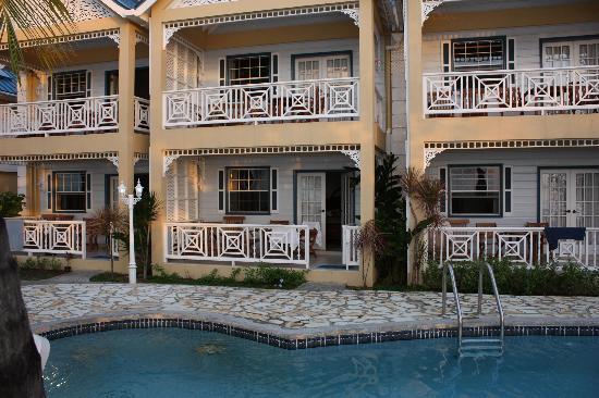 Villa Beach Cottages : our studio