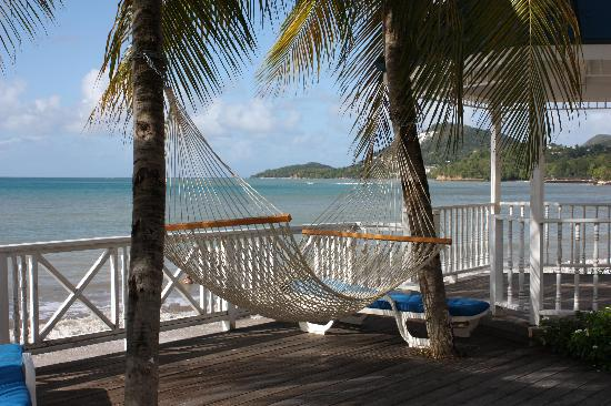 Villa Beach Cottages : the coveted hammock