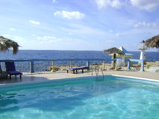 Negril Escape Resort & Spa: One great view after another