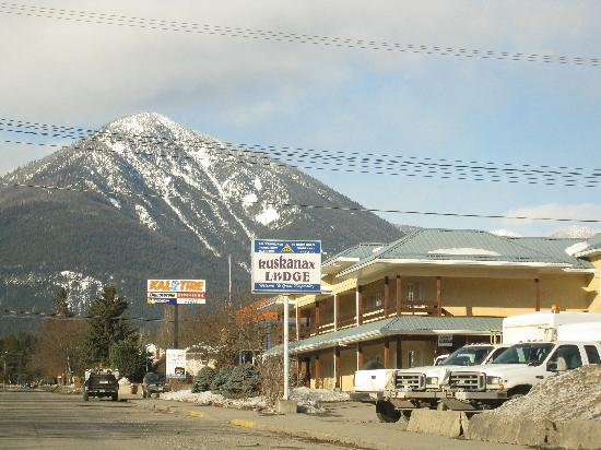 Nakusp, Kanada: Exterior and surrounding area