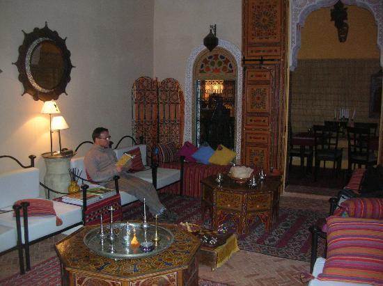 Riad Safir: le salon