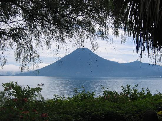 Villa Sumaya: View of Lago de Atitlan from room