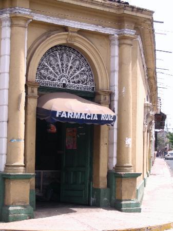 La Perla Hotel: Convenient Pharmacy Around Corner
